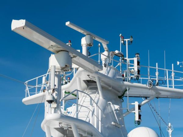 radar-antenna-mast-cruise-ship-navigation-radar-equipment-antenna-mast-cruise-ship-101352258